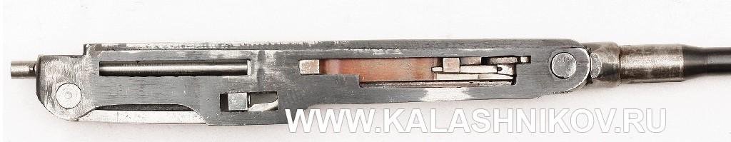 Ствольная коробка со стволом и механизмами автоматики опытного ручного пулемёта М. Т. Калашникова 1943 г.