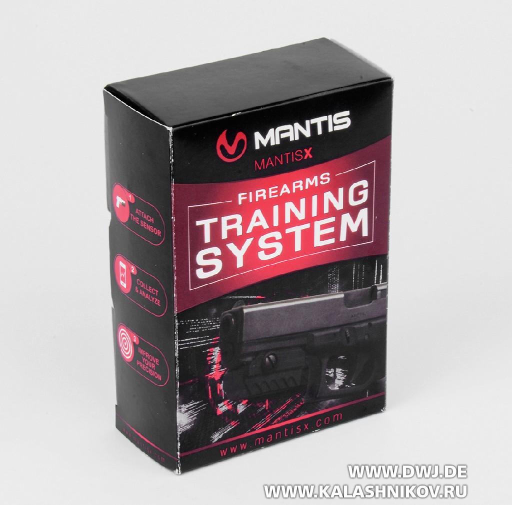Тренировочный стрелковый модуль MantisX для смартфона. Упаковка с датчиком