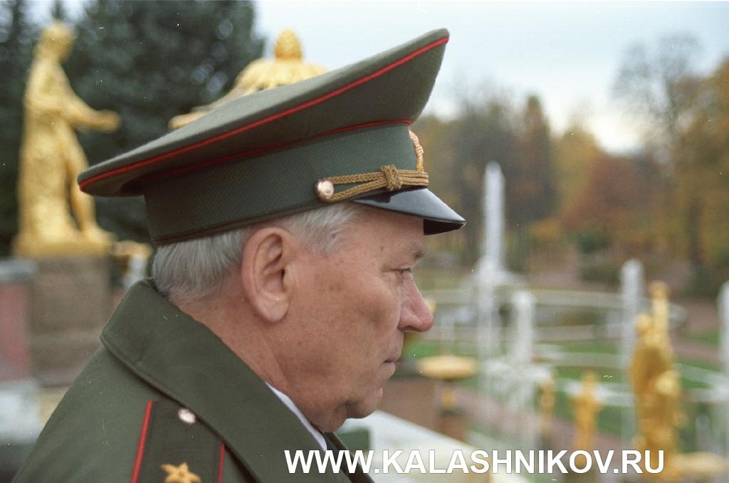 Михаил Тимофеевич Калашников. Фото 10