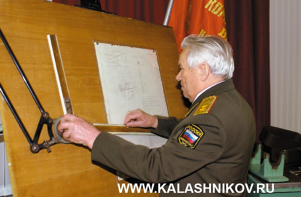 Михаил Тимофеевич Калашников. Фото 7