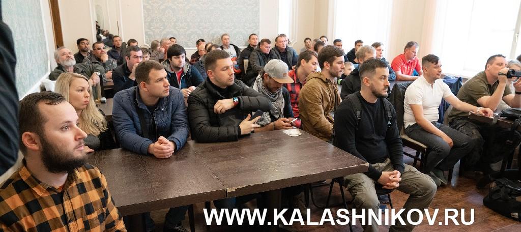 Презентация оружия итальянской компании Benelli вСанкт-Петербурге. ФОто 1