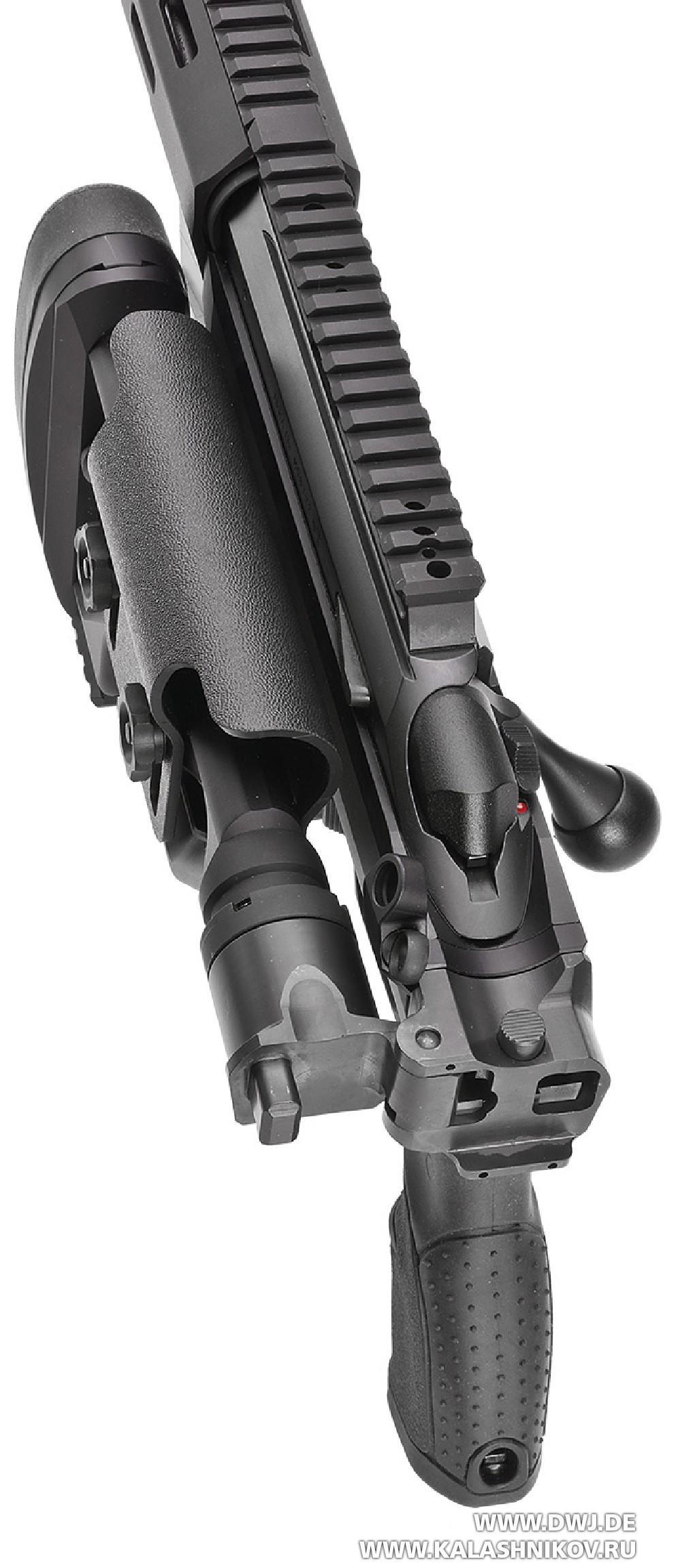 Высокоточная винтовка Tikka T3x TAC A1. Со сложенным прикладом