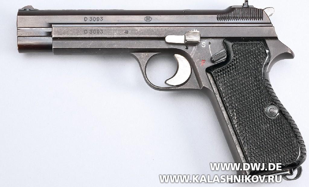 Пистолет SIG P210-4. Фото 2