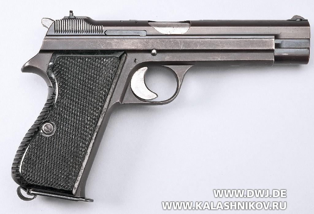 Пистолет SIG P210-4. Фото 4
