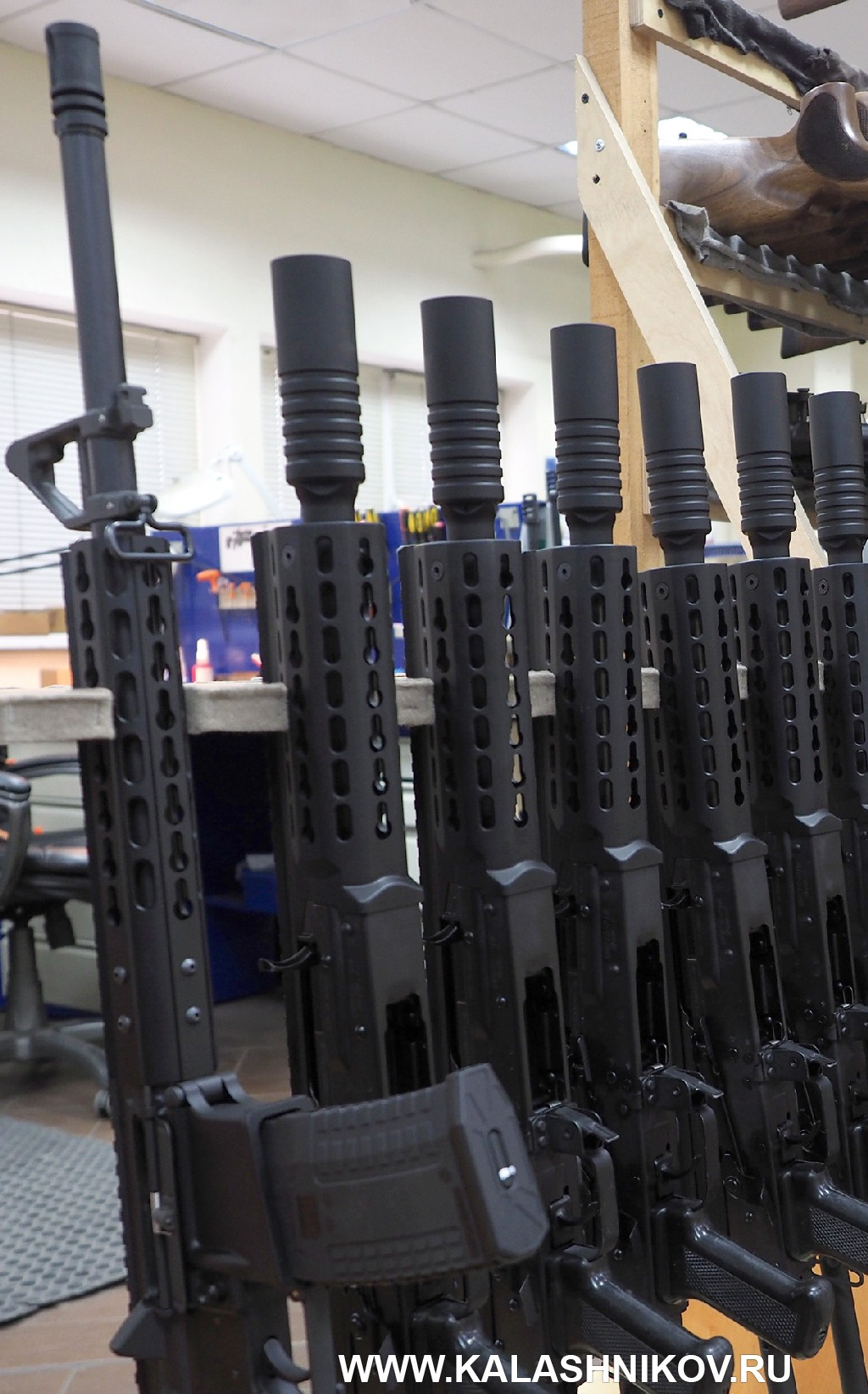 Полуавтоматический карабин ORSIS-AR15J. На производстве