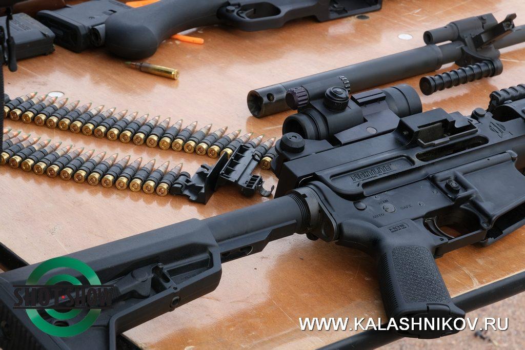AR-15, shot show 2020, MCR, rifle, Fightlite, range day 2020, пулемёт, комбинированное питание