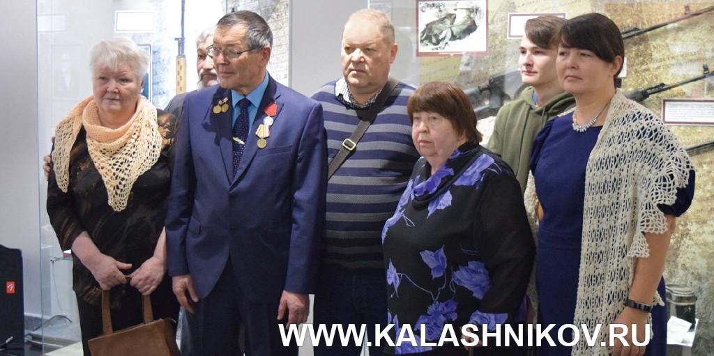 Представители семьи Е.Ф. Драгунова