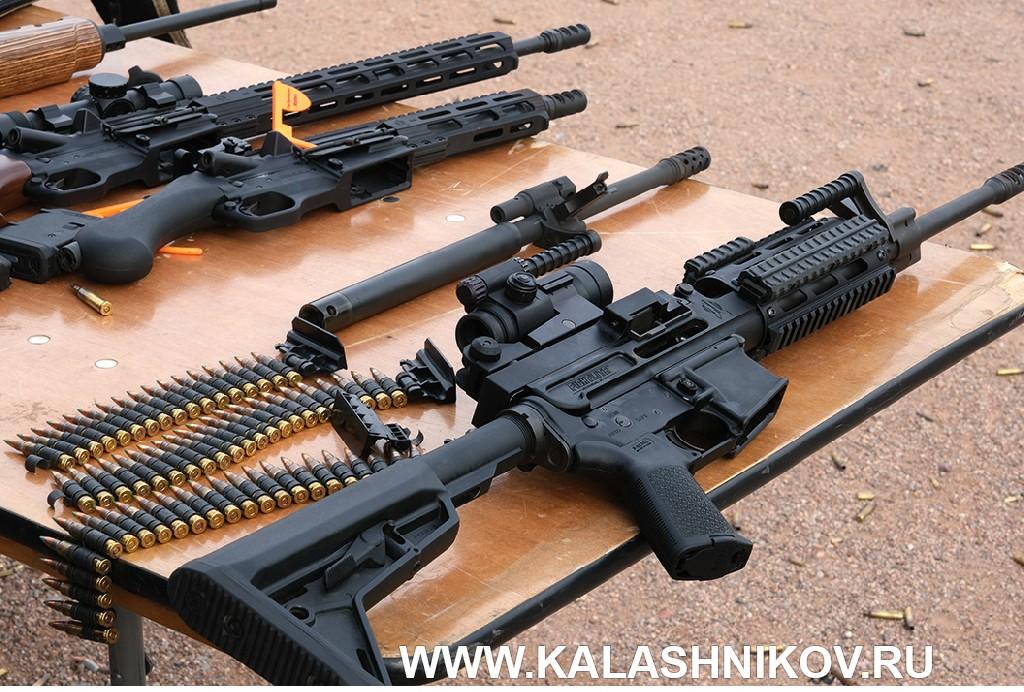 Стрелковый день выставки SHOT Show 2020. Фото 9. Fightlite MCR Dual Feed Rifle
