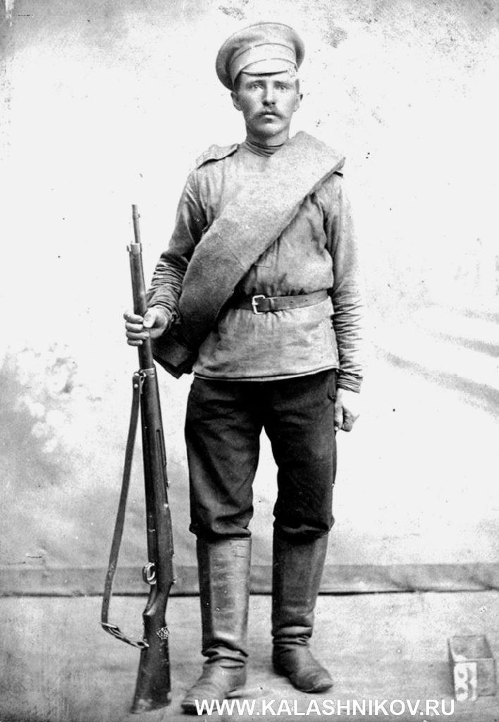 Солдат Российской армии свинтовкой «арисака» обр.1905 г.