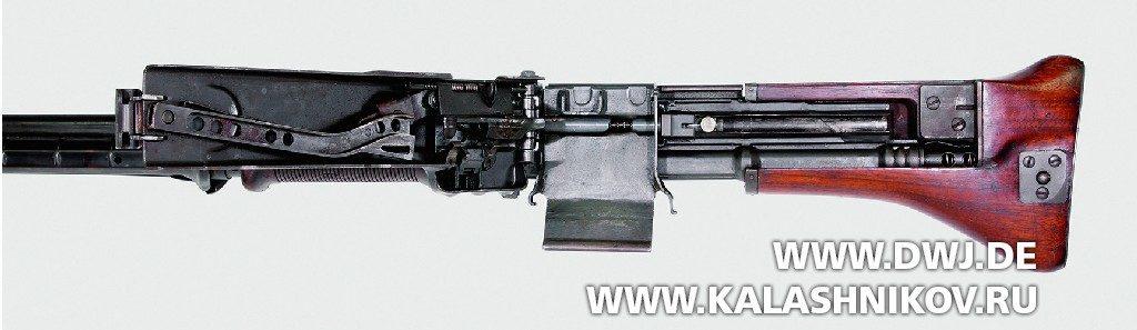 Вид наоткрытый подающий механизм пулемёта Т44