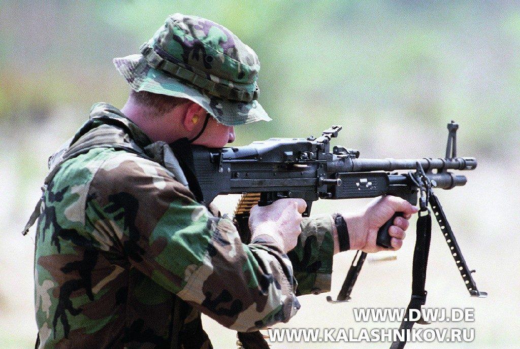 Стрельба из пулемёта M60E3