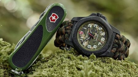 Victorinox Swiss Army I.N.O.X. Carbon Limited Edition, Victorinox Evolution 23