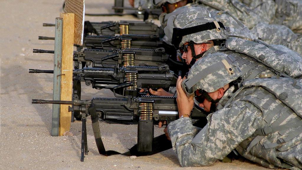 M249 SAW, Minimi