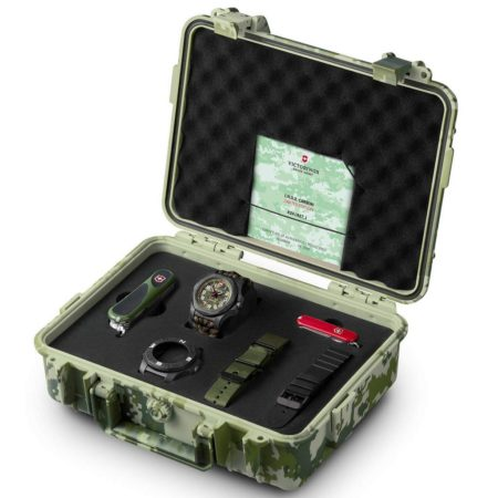 Victorinox Swiss Army I.N.O.X. Carbon Limited Edition, Victorinox Evolution 23