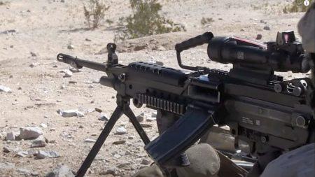 M249 SAW, магазин 30 патронов