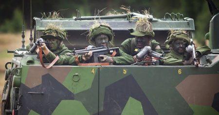 AK 4, HK G3