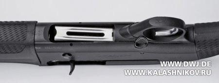 Beretta A400 Lite Synthetic, подаватель