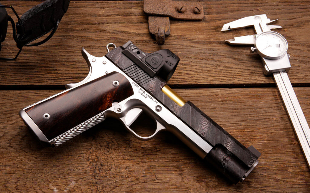 Cabot Guns, Beskar Damascus